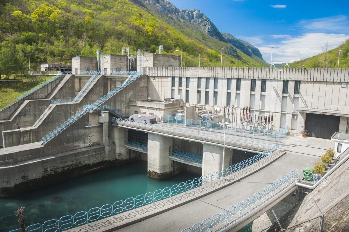 M3 GLOBAL ENERGIES : Centrale hydro-électrique hors cours d'eau